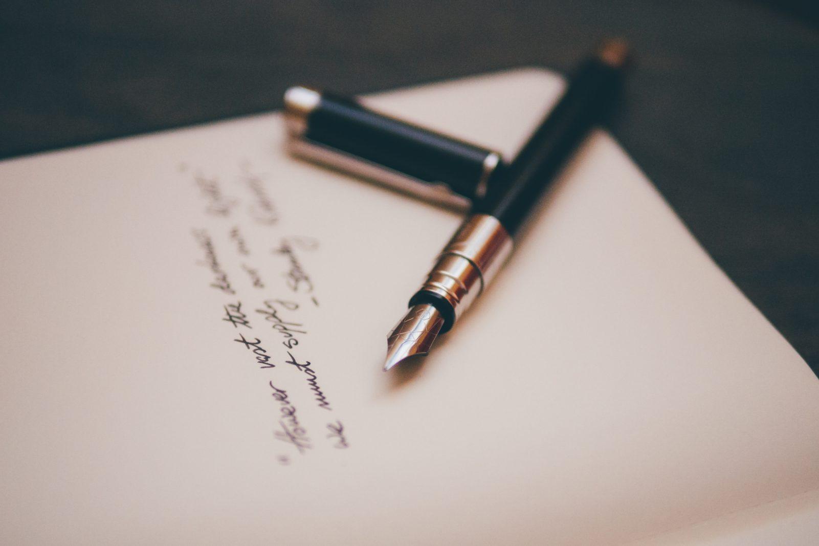 Kündigung Arbeitsvertrag  – alles zu Kündigungsfristen, Abgangsentschädigung, Ferien